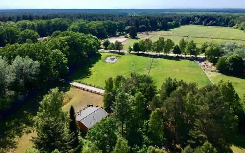 Luftbild über die Weiden vom Reiterhof Severloh
