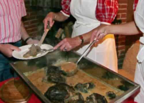 Leckere Wildbratenpfanne nach Familienrezept auf dem Ferienhof